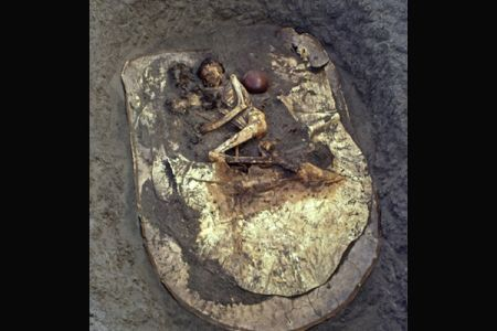 04. Burial of a young archer, Early Kerma .jpg